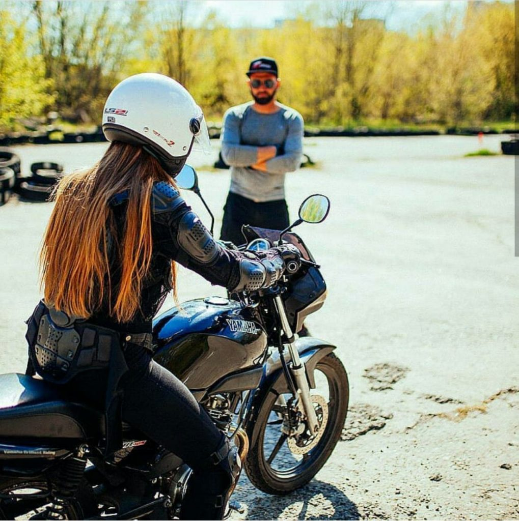 инструктор мотошколы