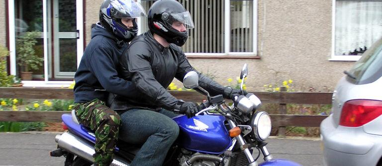 каким мотоциклом легче управлять