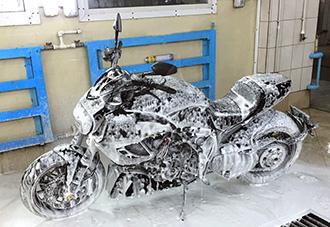 как правильно помыть мотоцикл
