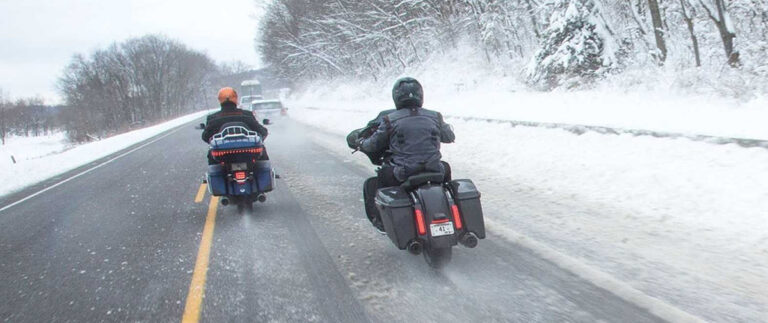 опасности зимней дороги для мотоцикла