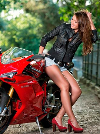 в какой одежде ездить на мотоцикле